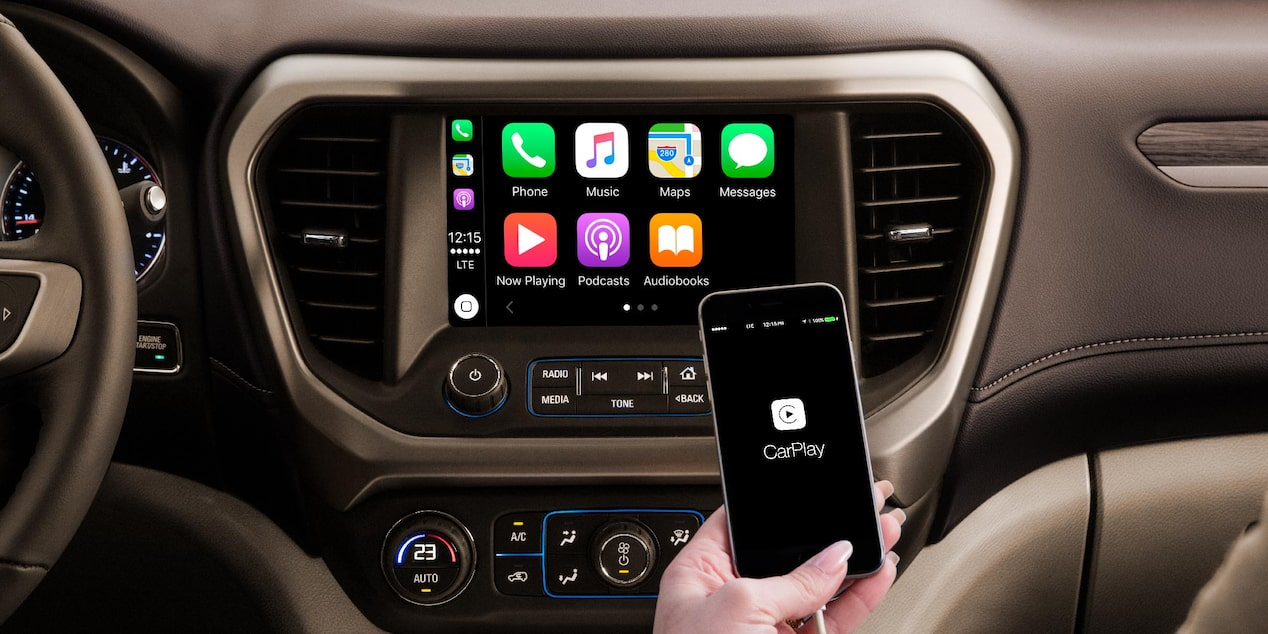 Phone Projection te permite conectar tu Smartphone ya sea por Android Auto o Apple CarPlay